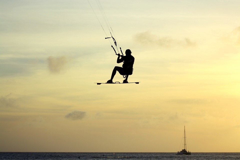 Wakeboard kite