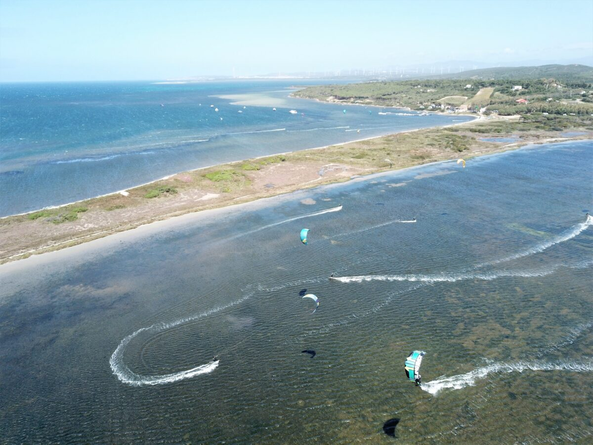 Punta Trettu Sardinia Kitesurf: the best Kite Spot with Flat and Shallow Water